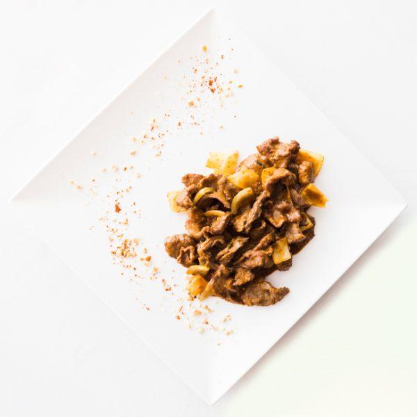 Ternera con salsa sate restaurante asiatico Alicante
